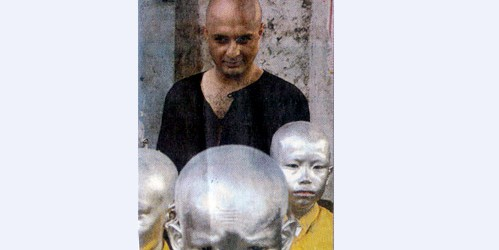 Ali Azmat on Mumbai Age . . . .  Sep 16th 2003